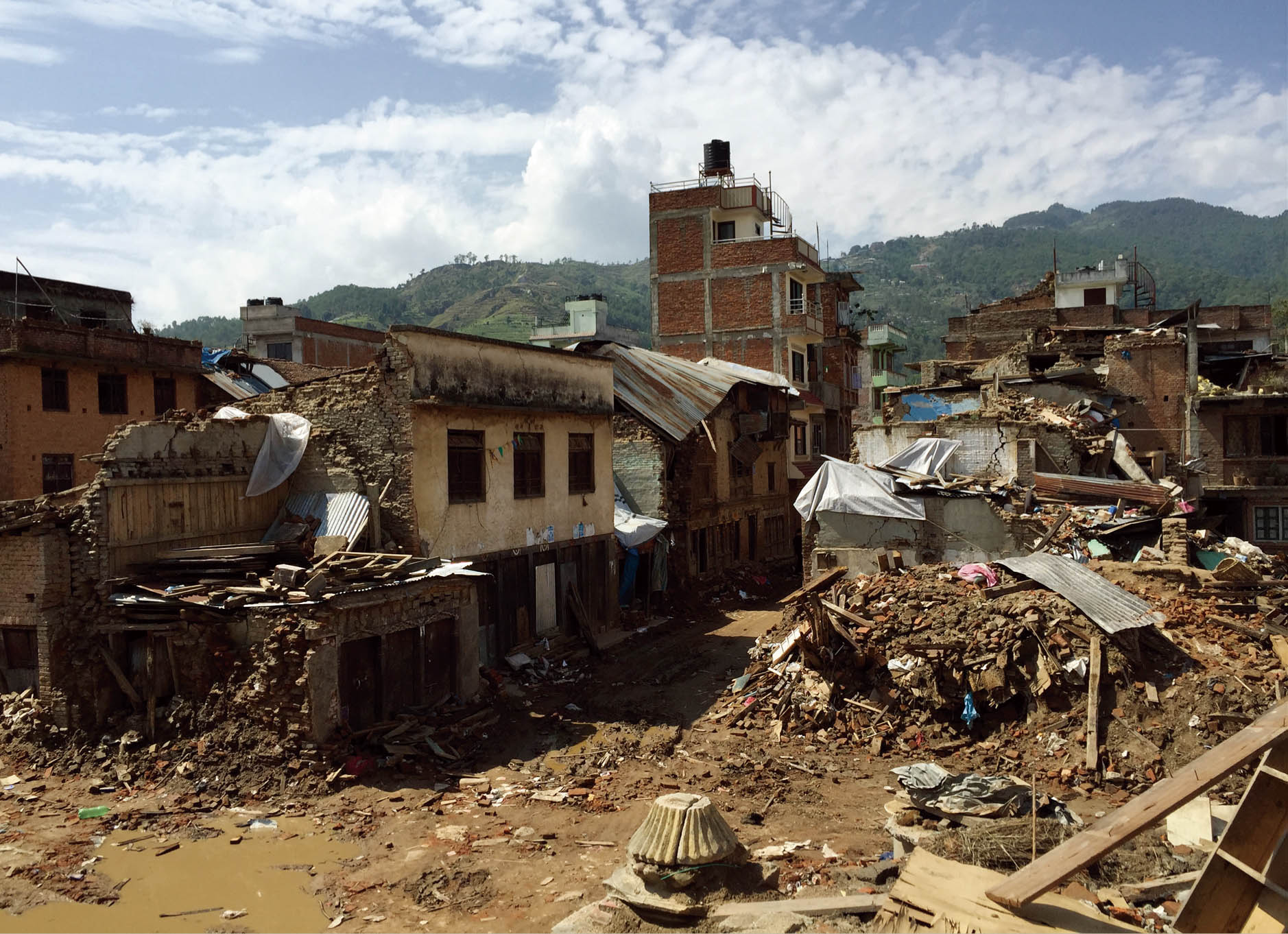 ネパール地震で被災した街並み